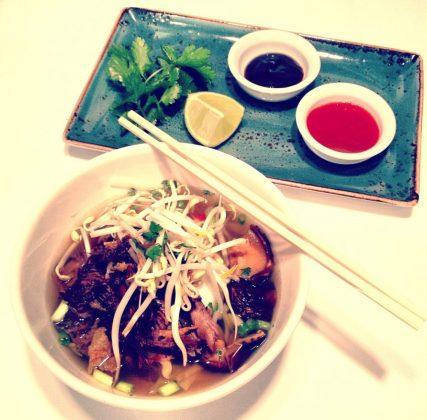 sopa vietnamita fusion food